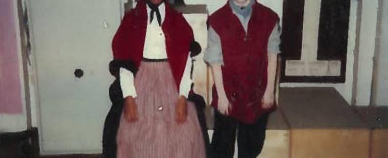 22 Carlene and Jamie in costume
